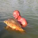 Hihetetlen élmény egy ilyen csodálatos halat kézbe venni....